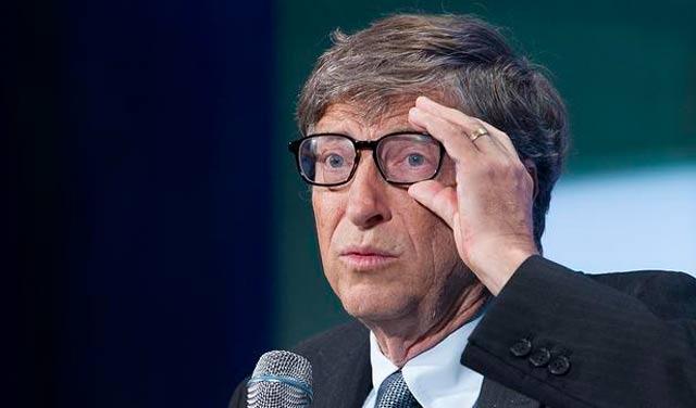Bill Gates: U narednih 20 godina poslove će vam uzeti roboti i programi