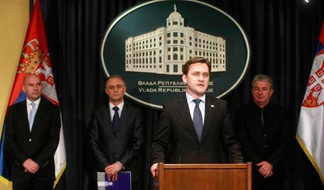 Selaković: Građani neće plaćati više ako im ugovor sastavi advokat