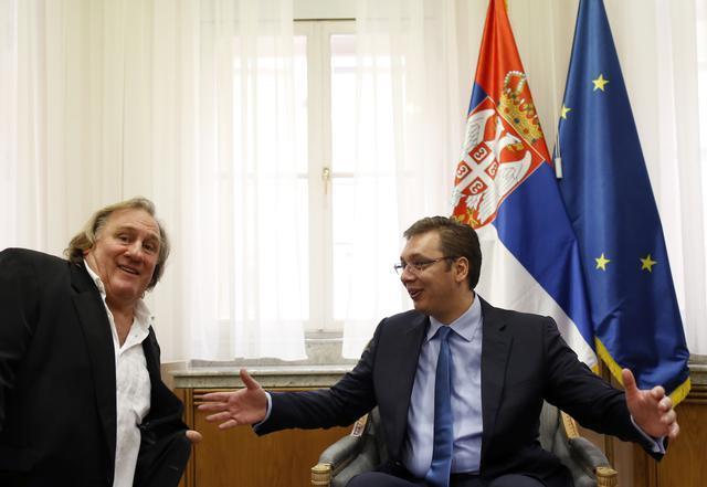 Foto vest: Depardieu video Vučića