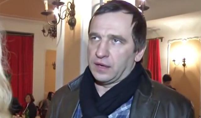 Kako po Nenadu Jezdiću danas izgleda Nušićeva `ožalošćena porodica`?