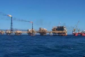 Naftna_platforma.jpg
