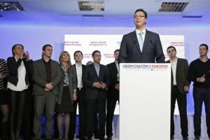 Vučićev predlog naprednjacima: Bez vanrednih izbora