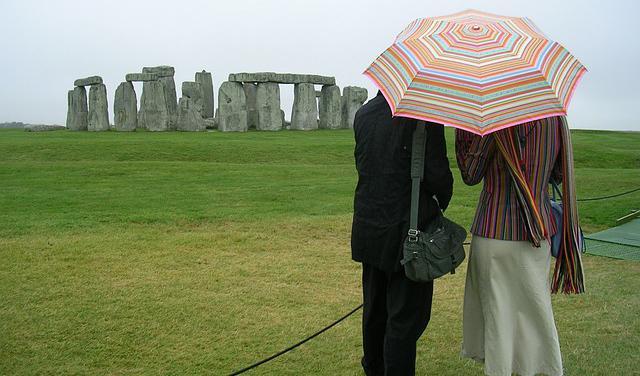 stonehenge-pixabay.jpg