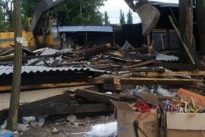 Srušili tri zgrade, a i dalje se ne zna ko (VIDEO)
