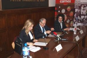 Korisnici narodnih kuhinja u Srbiji dobijaju pojačan obrok od kompanije 'Carnex' (VIDEO)