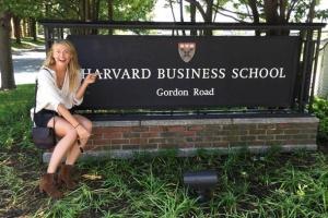 ONA NE GUBI VREME: Šarapova upisala Harvard biznis školu