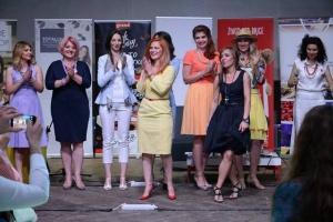 Kako su poslovne žene iznele modnu reviju