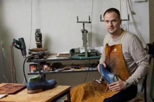 Uspešna preduzetnička priča: Muške kožne cipele handmade by Dušan Dokić