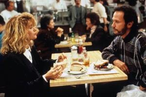 Psihološki trik da vam neko veruje (i koji se koristi tokom obroka!)