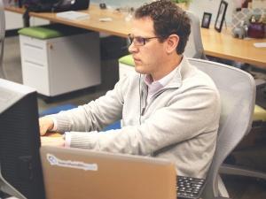 startup-laptop