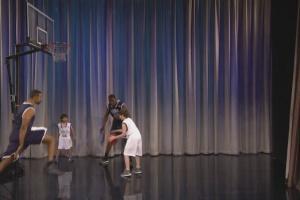 VIDEO: Američki voditelj u emisiji uporedio srpske košarkaše sa malom decom