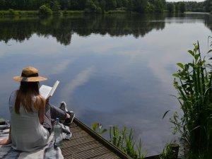 knjiga-devojka-jezero-opustanje-px