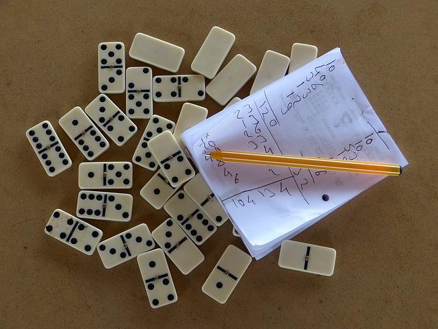 domine, skor, društvena igra_pixabay