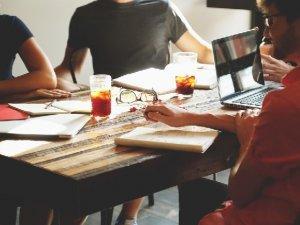 kolege-radni-prostor_pixabay