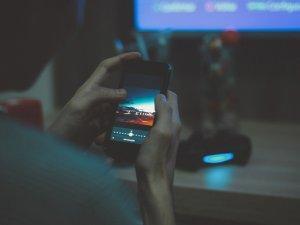 mobilni-telefon-pix