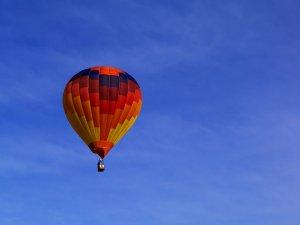 balon-nebo