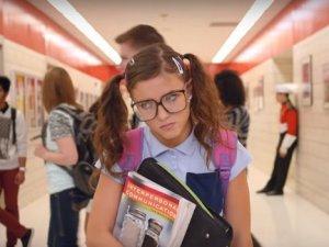 štreber, škola, naočare_youtubeprintscreen