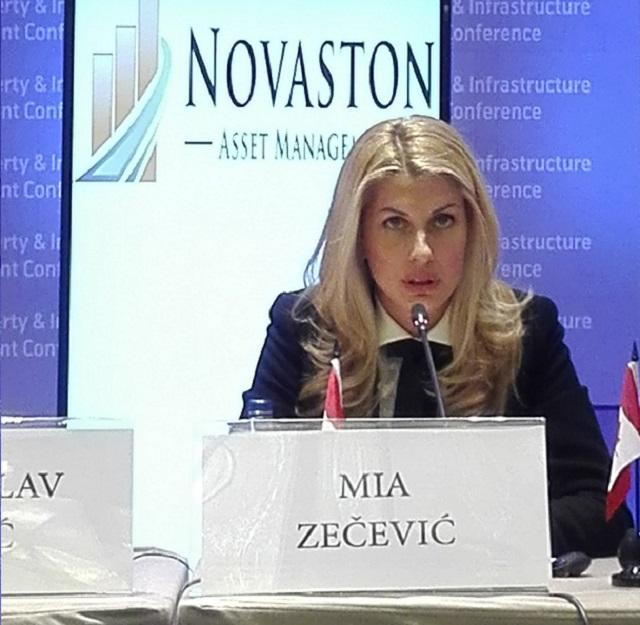 Mia Zecevic 3