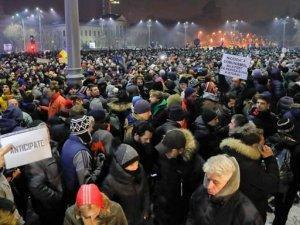 Rumunija_protest2_BetaAPVadim_Ghirda