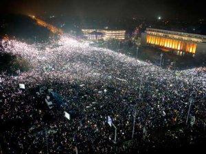 Rumunija_protest_BetaAPDarko_Bandic