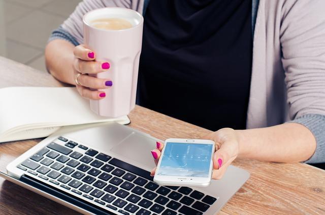 kancelarija, posao, potraga za poslom_pixabay