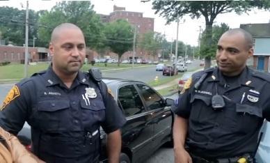 policajci_youtubeprintscreen