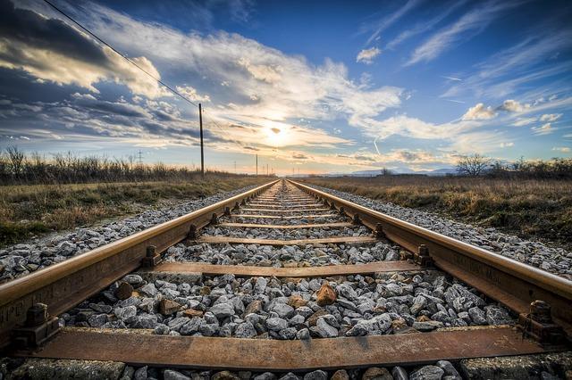 pruga_voz_zeleznica_pix