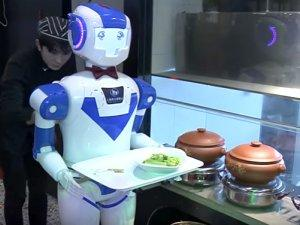 RobotKonobar