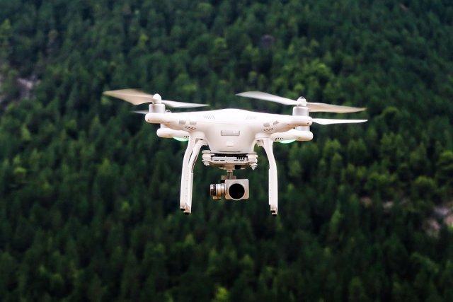 dron-fantom-letelica-PX