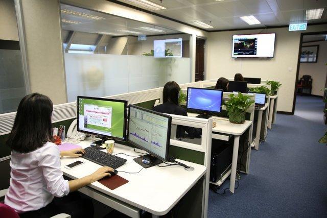 kancelarije-kompjuteri-posao-PX