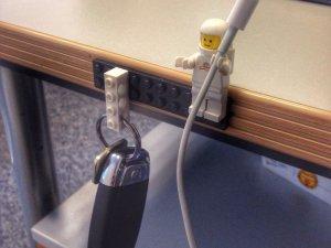 Držač za ključeve i kabl za punjač