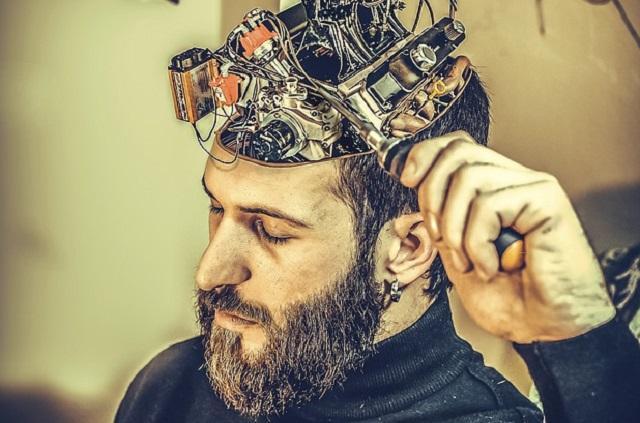 mozak, emocije, mašina_pixabay