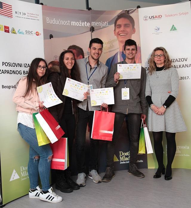 Srednjoškolci iz regiona takmičili se u Beogradu u preduzetničkim veštinama