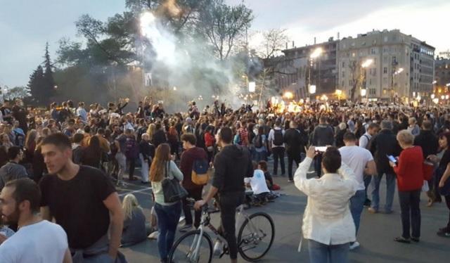 protest_radisic_tw