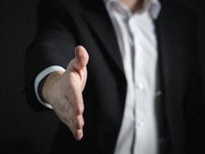 ruka-odelo-rukovanje-posao-PX