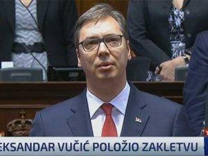 Vucic_zakletva_screenshot