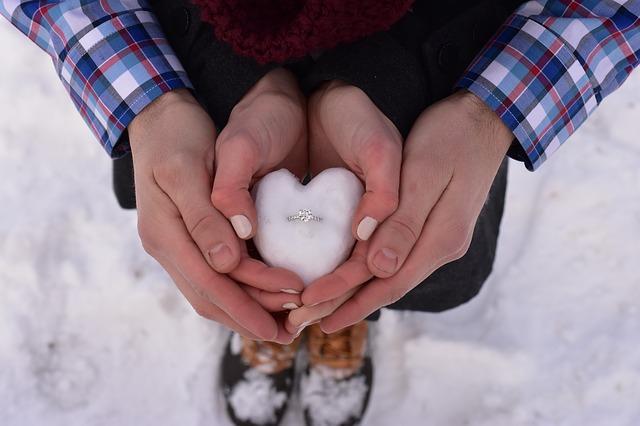 ljubav, veridba, par_pixabay
