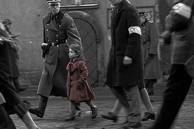 Schindlers-List-ytb-printscr