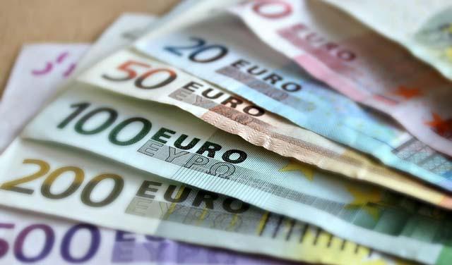 Резултат слика за Prosječna plata u Sandžaku za 100 eura niža od republičkog prosjeka