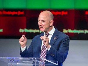 Dzef_Bezos_BetaAP_J.Scott_Applewhite