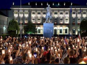 PoljskaProtestTWTscrn