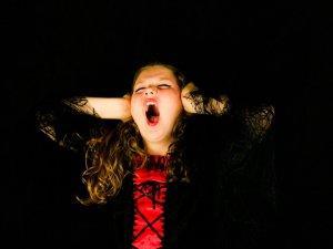 dete-vrisak-razmazeno-plakanje-PX