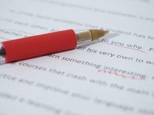 gramatika-ispravljanje-papir-olovka-PX