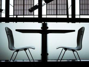 stolica, stolovi_pixabay