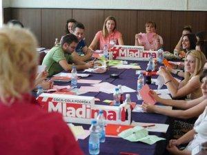 Edukativne-radionice-u--Coca-Cola-podrska-mladima-(2)