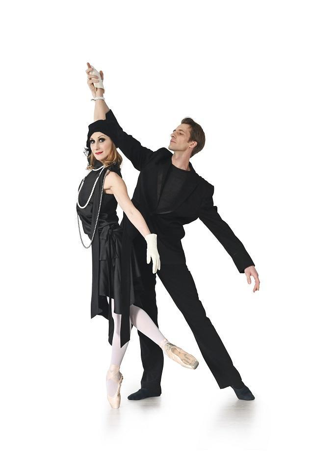 """Pariski Život Ernesta Hemingveja: Baletski Performans """"La Vie Parisienne"""" U Zajedničkom"""